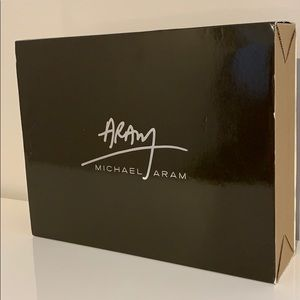 Brand New Michael Aram Black Orchid 5 x 7 Frame